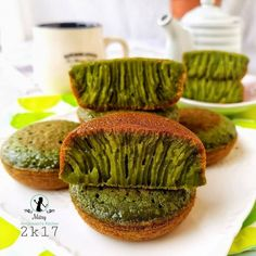 Indonesian Desserts, Indonesian Food, Breakfast Recipes, Snack Recipes, Cooking Recipes, Yummy Snacks, Yummy Food, Asian Cake, Steamed Cake