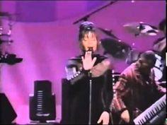 Whitney Houston - Medley: I Loves You, Porgy / And I Am Telling You I'm Not Going / I Have Nothing - YouTube
