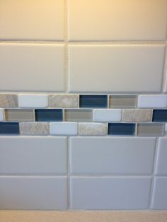 Backsplash in a model home we wandered through...we agreed on it, so I recorded the incident :)