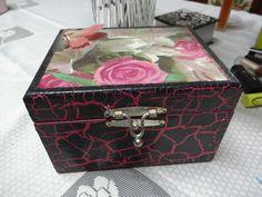 Caixa decorada p/batom porta batom R$ 32,00