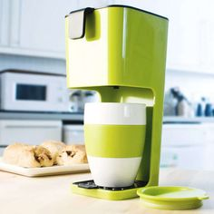 The Koziol Unplugged Coffee Maker Uses No Electricity to Brew Java #Coffee #Brewing