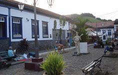 Rua das Serestas de Conservatória.