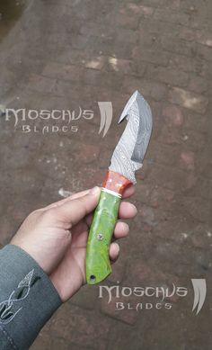 Handmade Damascus Knives, Damascus Handmade Hunting Knife, Damascus Steel Hunting Knife. Damascus Knife, Damascus Steel, Fixed Blade Knife, Knives, Hunting, Handmade, Knifes, Craft, Deer Hunting