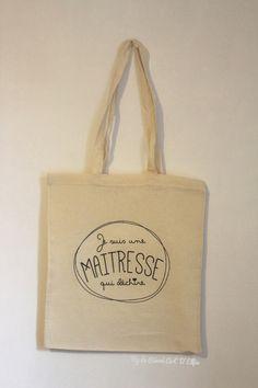 ⎨dans ma boutique⎬Le Tote Bag personnalisé pour Maitresse et Atsem