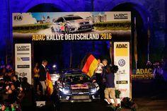Jari Matti Latvala und Miikka Anttila bei der Startzeremonie in Trier zur Rallye Deutschland / Deutschland Rallye 2016  #JariMattiLatvala #JML #Latvala #MiikkaAnttila #Anttila #rallyedeutschland #deutschlandrallye #rallygermany  www.Motorsport-Freelancer.de  #vwpolo #rallyevwpolo #rallyevwpolowrc #rallyevwpolorwrc  #volkswagenmotorsport #vw #volkswagen #wrc  Bildquelle: Volkswagen Motorsport Content & Media pool