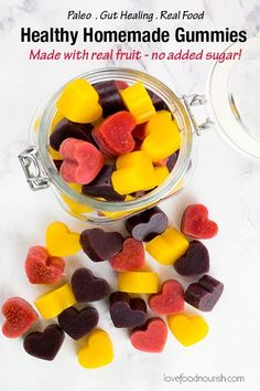Healthy Homemade Gummies madw with real fruit and no added sugar! Your kids will… Healthy Homemade Gummies madw with real fruit and no added sugar! Your kids will love these homemade gummies with 3 different flavours they make a fun healthy snack! Paleo Snack, Healthy Fruits, Healthy Snacks For Kids, Easy Snacks, Healthy Foods To Eat, Paleo Kids, Healthy Nutrition, Snack Ideas For Kids, Healthy Snack Recipes