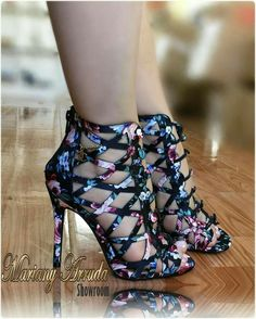 Shoes Amazing High Shoes – Women Shoes bags and Accessory High Heels Boots, High Heels Stiletto, High Shoes, Black High Heels, Heeled Boots, Shoe Boots, Black Shoes, Women's Shoes, Dream Shoes