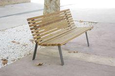 Public bench / contemporary / steel / wood LEVO : CURVE by Marta Ferrer & Negre Studio Kirkus Innova