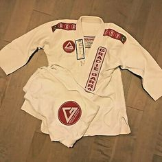 Moletom Karate Adidas preto |Loja online |Marca Adidas. loja de boxe.