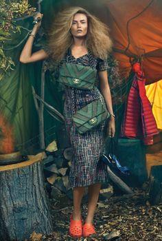 In The Wild Publication: Harper's Bazaar UK December 2016 Model: Natasha Poly, Miles McMillan Photographer: Sebastian Faena Fashion Editor: Carine Roitfeld Hair: Didier Malige Make Up: Tom Pecheux