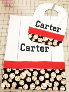 Baseball Baby - Reversible Bib and Burp cloth tutorial