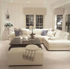 Tuesday and a clean house ✅✅ Hope your day has been fine Enjoy this evening! Living Room Mirrors, Living Room Grey, Small Living Rooms, Home Living Room, Interior Design Living Room, Living Room Designs, Living Room Decor Inspiration, Piece A Vivre, Cheap Home Decor