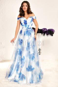 O rochie de seara pentru un eveniment festiv nu trebuie sa fie nicidecum sobra. Adopta o tinuta colorata in nuante vibrante, intr-un melanj de imprimeuri | 24. Formal Dresses, Amazing, Mall, Blue, Fashion, Dresses For Formal, Moda, Formal Gowns, Fashion Styles