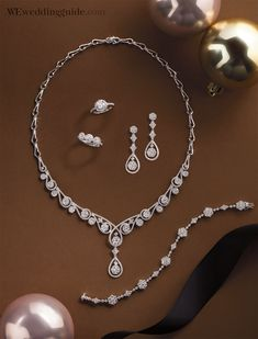 Ridiculous Tricks Can Change Your Life: Jewelry Drawing Website indie boho jewelry.Cute Jewelry For Girlfriend. Plunder Jewelry, Jewelry Logo, Jewelry Quotes, Cute Jewelry, Pearl Jewelry, Crystal Jewelry, Jewelry Sets, Jewelery, Jewelry Design