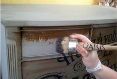 L'appartamento al piano di sotto...: La chalk paint...comperarla o farla da soli?