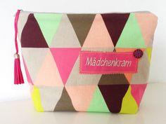 Kulturbeutel - Waschtasche Wickeltasche Mädchenkram - ein Designerstück von Puenktchen--Panni bei DaWanda