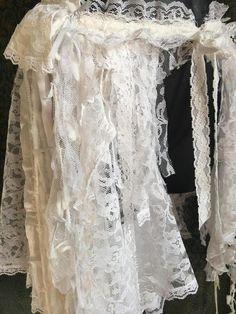 Boho Hippie, Bohemian, Lace Vest, Victorian Lace, Wedding Honeymoons, Festival Wedding, Boho Skirts, Boho Outfits, Girly Girl