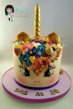Golden unicorn cake