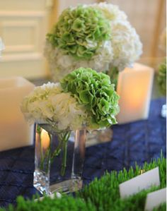 Pretty spring dining table flower arrangement & green is my favorite color Grass Centerpiece, Green Centerpieces, White Centerpiece, Green Wedding, Wedding Day, Camo Wedding, Cute Wedding Ideas, Wedding Inspiration, My Wedding Planner