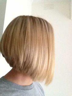 angled bob short hair