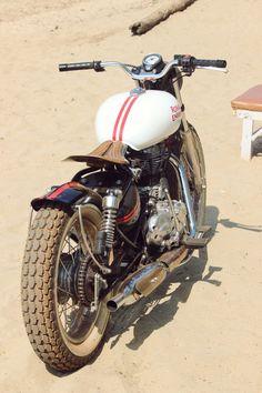 royal enfield motorcycle custom 20 740x1110 - Royal Enfield Beach Tracker