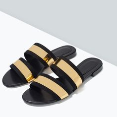 Shop Women's Zara Black Gold size Shoes at a discounted price at Poshmark. Description: NEW WITH TAGS. Leather Slippers For Men, Womens Slippers, Fashion Slippers, Fashion Sandals, Shoes Flats Sandals, Spring Sandals, Pretty Shoes, Beautiful Shoes, Zara Shoes
