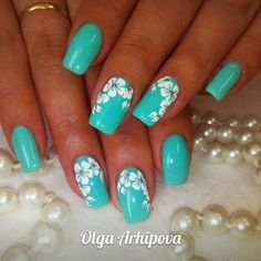 Perfect Origami Owl nails! #TealNails #NailArt #FlowerNails #OrigamiOwlNails
