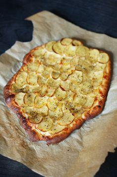 lumo lifestyle: Fantastinen perunapizza / A fantastic potato pizza Vegetable Pizza, Lazy, Potatoes, Vegetables, Lifestyle, Food, Recipes, Potato, Essen