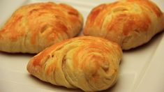 This recipe is a classic from Turkish cuisine! Pogaca pastry with feta cheese filling! It is so delicious and so fluffy! Make sure your feta cheese is low on. Middle East Food, Middle Eastern Recipes, Pogaca Recipe, Borek Recipe, Feta Cheese Recipes, Sweet Dough, Puff Pastry Recipes, Most Delicious Recipe, Turkish Recipes