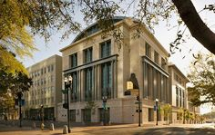 The Jacksonville Public Library in Florida combines classical architectural elements- RAMSA