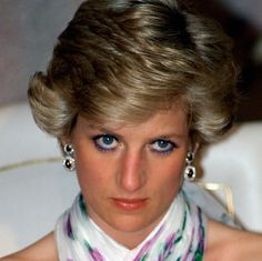 Princesa Diana, Lady Diana, Princess Of Wales, Queen Of Hearts, Royals, People, Style, Wales, Powerful Quotes
