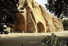 Tāq-e Bostān(طاق بستان). The rock relief of Sasanian. Kermānshāh, Iran/Persia.