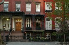Gramercy Park Townhomes (inspiration for Gabriel's home)