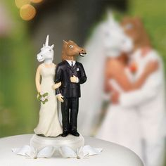 Unicorn and Horse Wedding Cake Toppers Add Zest to Your Cake #caketopper trendhunter.com
