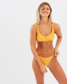 Bottoms in bikini hot girls ass