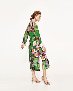 Image 2 of LONG FLORAL PRINT KIMONO from Zara