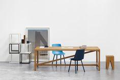 TA21 PLATZ Tisch Designer: Jörg Schellmann, 2012
