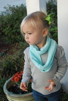 Baby Scarf. Toddler Scarf. 3 different ways to make an easy scarf for your baby or toddler.