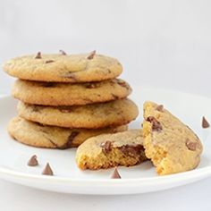 M&M cookies are one of the kids' favorite cookies. I wanted to make them chewy, moist and soft, so I used the recipe for my Best Ever Chocolate Chip Cookies. M&m Cookie Recipe, Cookie Recipes, Dessert Recipes, Cookie Tips, Flourless Peanut Butter Cookies, Chocolate Chip Cookies, Chocolate Desserts, Biscuits, Baking Tips