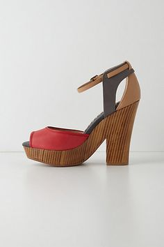 My feet would be so happy in these Davenport wedges.