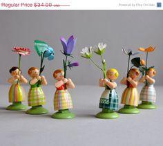 SALE 15% OFF Erzgebirge Miniature - Flower Girl - WEHA Kunst - New Old Stock