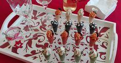 """Desde que ví estos mini conos en el libro de Su, """" Recetas de fiesta """" me enamoré de ellos. No solo porque son una monada sino por... Relleno, Catering, Buffet, Cocktails, Appetizers, Holiday Decor, Recipes, Mini, Food"""