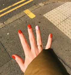 Nail art Christmas - the festive spirit on the nails. Over 70 creative ideas and tutorials - My Nails Cute Nails, Pretty Nails, Make Up Geek, Nail Design Glitter, Vernis Semi Permanent, Pink Nail Art, Pastel Nails, Gel Manicure, Red Gel Nails