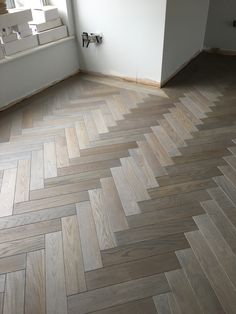 The online wood flooring & accessories supplier. With a vast wealth of experience, Wooden Floors UK has a passion for hardwood flooring which is unsurpassed. Choose from a wide range of flooring online. New Living Room, Home And Living, Peel And Stick Floor, Window Seat Kitchen, Warehouse Home, Herringbone Wood Floor, Wooden Flooring, Flooring Ideas, Living Room Decor Inspiration