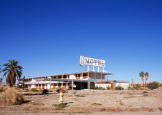 How a relaxing California resort turned into an apocalyptic wasteland: The Salton Sea