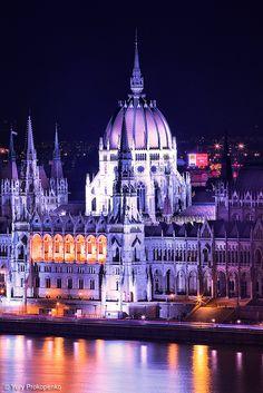 Parliament Building - Budapest, Hungary.  Photo: Yury Prokopenko.