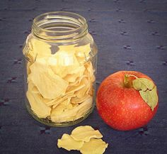 The Homestead Survival: Dehydrating apples + 3 Great Recipes for Using Dehydrated Apples From Your Food Storage