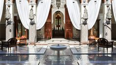 You will be charmed by the Hotel Royal Mansour, an exceptional Riad in the heart of Marrakech just for you and the people you love. Moroccan Design, Moroccan Decor, Moroccan Style, Morocco Hotel, Marrakech Morocco, Best Hotel Deals, Best Hotels, Luxury Hotels, Luxury Travel