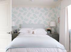 Small Bedroom Wallpaper Idea