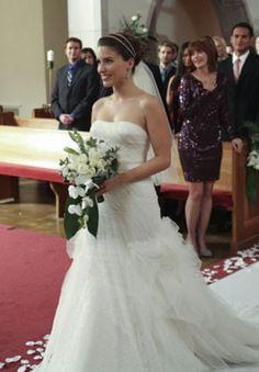 "12 Best TV Wedding Dresses: From ""Gossip Girl"" to ""Friends"" | StyleCaster News"